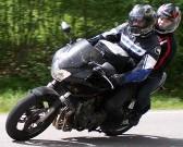 la ceinture lombaire AirLOMB pour soulager les douleurs lombaires des motards